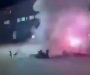 【閲覧注意動画】士官学校に空爆、訓練場にいた士官学性達に直撃してしまう衝撃映像