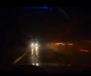 【動画】超危険!雨の夜道で反対車線に飛び出した大型トラックが前から迫って来る衝撃映像