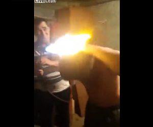 【動画】バーナーで髪の毛を焼き切る衝撃映像