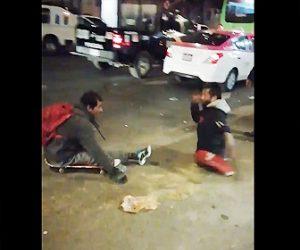 【動画】足の不自由な障碍者2人が喧嘩する衝撃映像