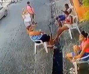 【動画】ブラジルでバイクに乗った男達が襲ってきたと思ったら…