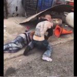 【衝撃】黒人VS白人 ストリートで激しい殴り合いをするが…衝撃の結末