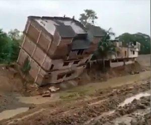 【衝撃】4階建ての建物が倒壊し運河に落ちてしまう衝撃映像