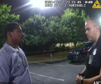 【衝撃】アトランタの黒人男性射殺事件 警察がもみ合う一部始終の映像
