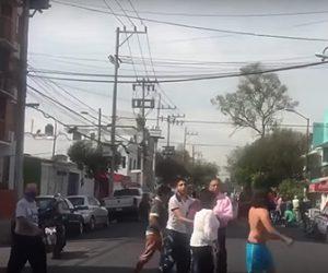 【地震】メキシコ南東部でM7.4の地震 ビルや電柱が揺れまくる衝撃映像