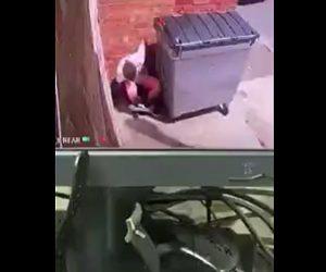 【衝撃】男が物陰で大便をするが家主に見つかり…