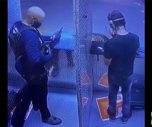 【衝撃】射撃場でショットガンをしっかり握らず男性が撃ってしまい…