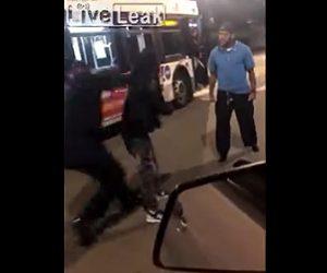 【暴行】男性とバス運転手が口論になると後ろから他のバス運転手が近づき…