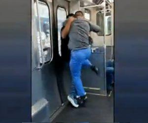 【喧嘩】電車内でマスクをしていない黒人男性と白人看護師が激しい殴り合い