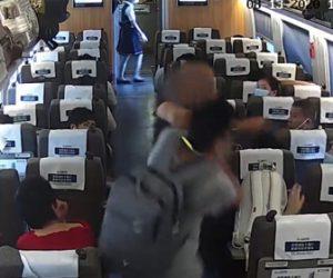【衝撃】中国の高速鉄道で予約していた席に男が座っていたので男性が注意するが…