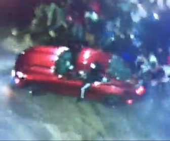 【衝撃】ドリフトしまくる車が観客に突っ込んでしまう衝撃映像