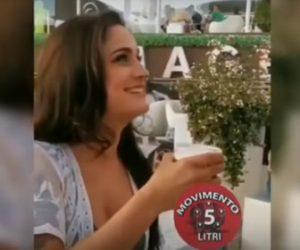 【衝撃】ビールを飲む美女。スピードが凄すぎる衝撃映像