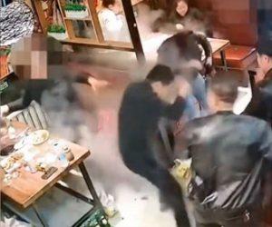 【喧嘩】中華料理店で2グループが喧嘩。詰め寄った男に熱いスープを投げかけ…