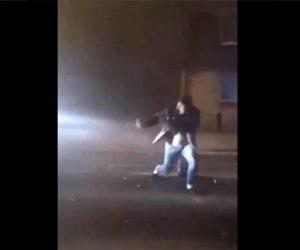 【事故】車道で花火に火をつけようとしている男性が宅配トラックにはね飛ばされてしまう