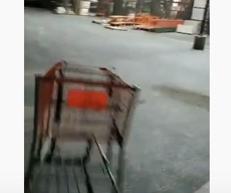 【衝撃】ショッピングカートのホールインワン