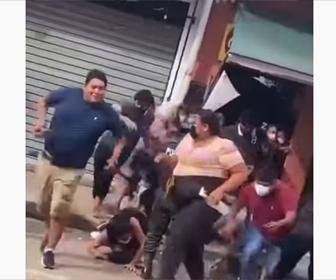 【衝撃】コロナ禍で集会をしている家を警察官が取り締まるが…