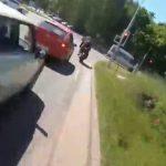 【動画】逃げるバイク VS 白バイ 時速200キロで逃げるバイクを猛スピードで白バイが追いかける