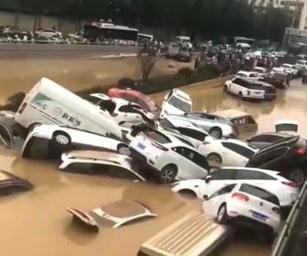 【動画】中国、鄭州の長さ4kmのトンネルが5分で冠水、6000人死亡か