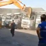 【動画】賃金の支払いを拒否された作業員がショベルカーでトラックを破壊してしまう