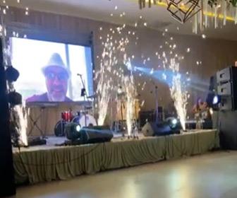 【動画】結婚式で花火を室内でするが火が天井の飾りに燃え広がってしまう衝撃映像