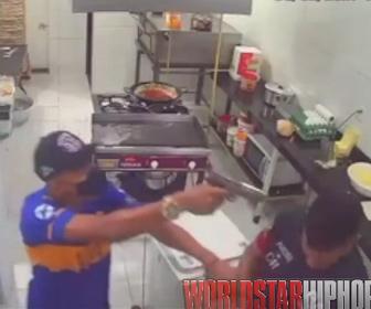 【動画】銃を持った強盗が店に現れるが店員が反撃し…