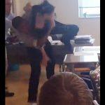 【動画】女子学生VS男子学生 学校で喧嘩。女子が男子の顔をビンタするが…